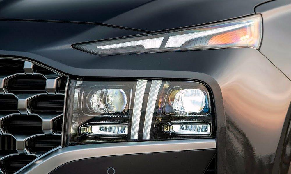 Hyundai-Santa-Fe-2021-передние-фары